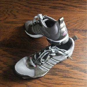 ADIDAS women fit foam sneakers size 8.5